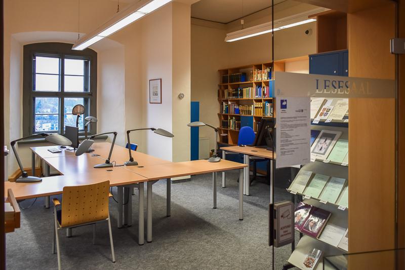 Blick in den leeren Lesesaal des Staatsarchivs Altenburg