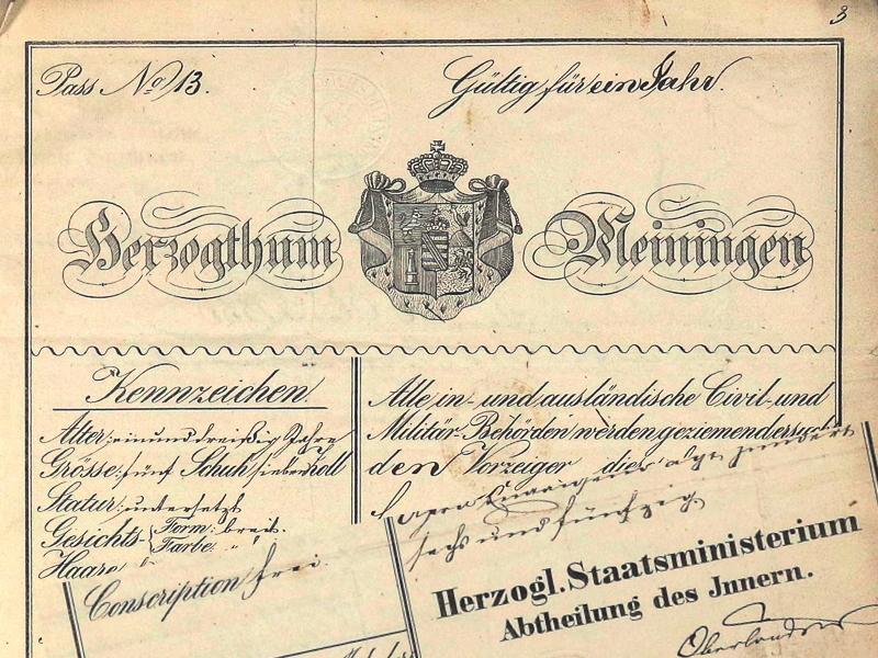 Bildmontage eines historischen Reisepasses des Herzogstums Sachsen-Meiningen