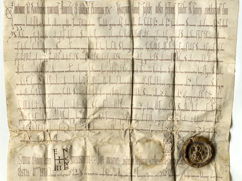 Mittelalterliche Urkunde mit braunem Wachssiegel
